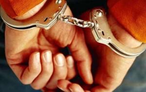 Apresan director del COFA acusado de incesto con hija menor de edad