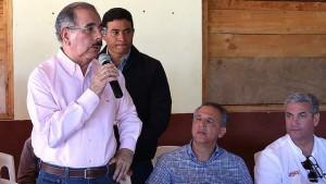 Danilo Medina visita Juncalito