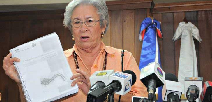 ministra de salud dice huelgas provocan perdidas
