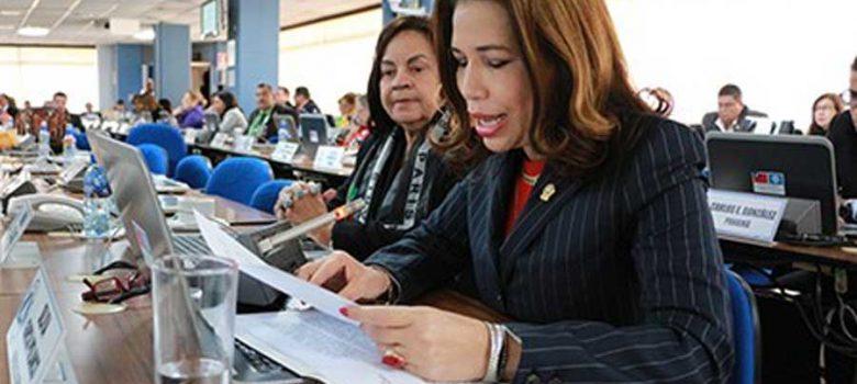 Diputada promueve en Parlacen iniciativa antifeminicidio