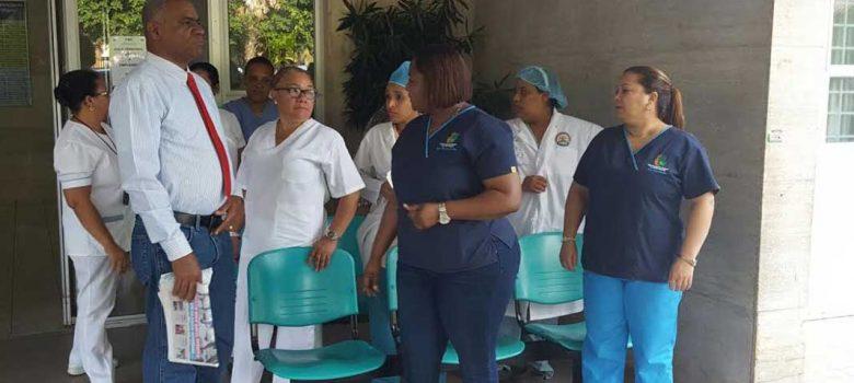 Paran servicio de enfermería en hospitales