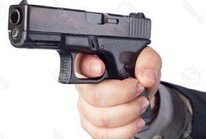 Hieren a tiros padre e hijo