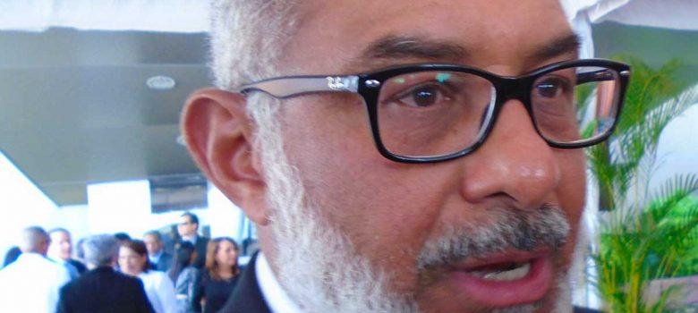 Persio Maldonado plantea necesidad de organizar el país