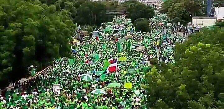 Marcha Verde exige presidente Medina sea sometido penalmente a la justicia