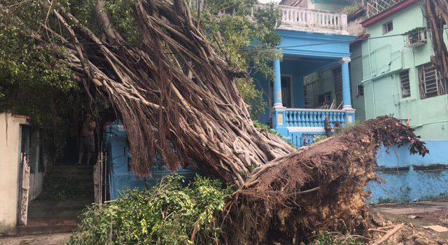 Al menos 10 muertos deja huracán Irma en Cuba