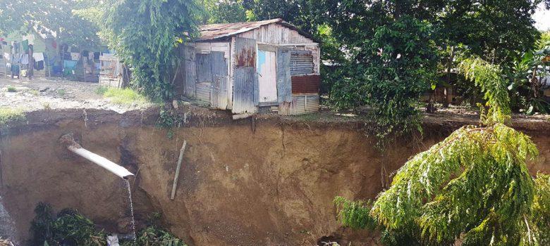 Colapsan varias viviendas en Santa Lucía de Cienfuegos