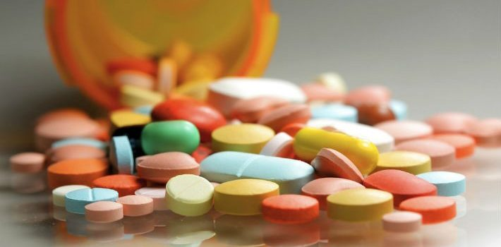 Procuraduría y Salud Pública cierran laboratorio clandestino de medicamentos en Bonao