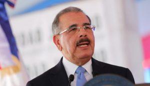 Presidente Medina viene hoy a Santiago