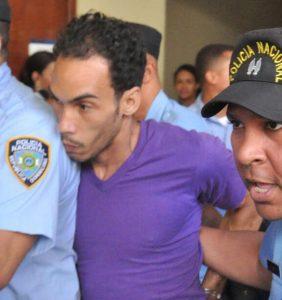 Medidas de coerción contra hombre mató mujer y tres niños