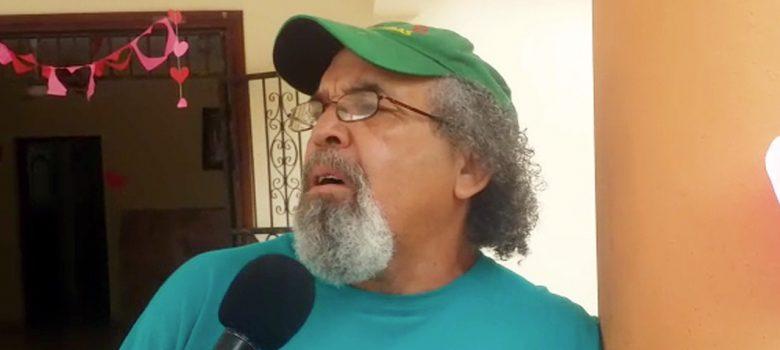 """""""No ve voy del país"""" advierte el padre Rogelio al recibir traslado"""