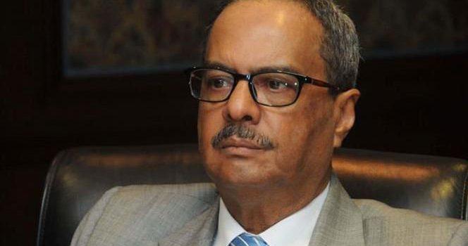 El doctor César Mella renuncia del gobierno y del PRD