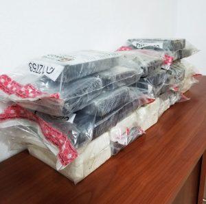 DNCD ocupa 28 paquetes de cocaína en Haina