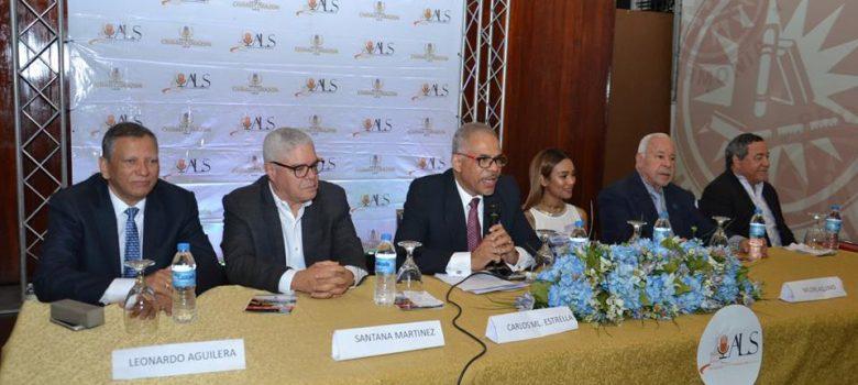 """Santiago: Celebran Panel """"5 estrellas"""" con figuras de la locución"""