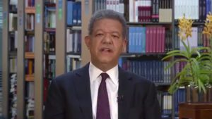Leonel complacido con propuesta Danilo para diálogo Ley Partidos