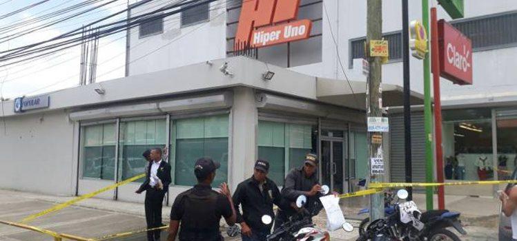 Banco Popular informa sobre asalto sin heridos en oficina Híper Uno Isabelita