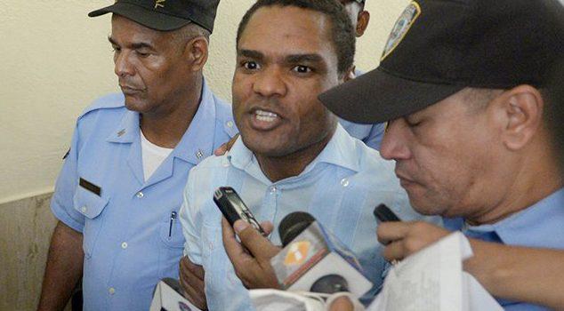 Juez envía a prisión a Donnis Santana