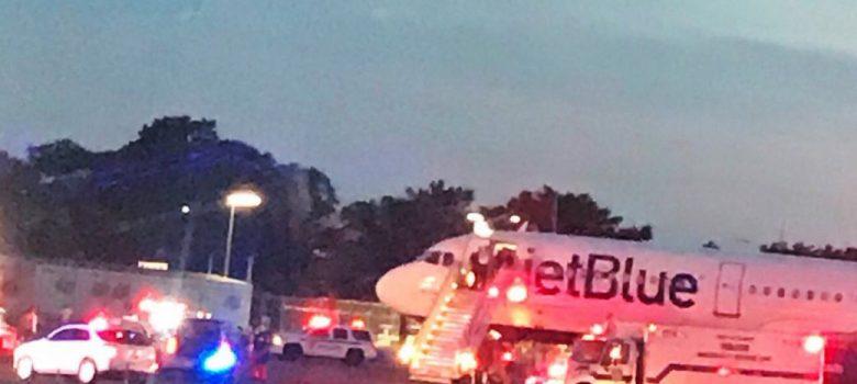 Avión de JetBlue confrontó problemas de comunicación en el JFK