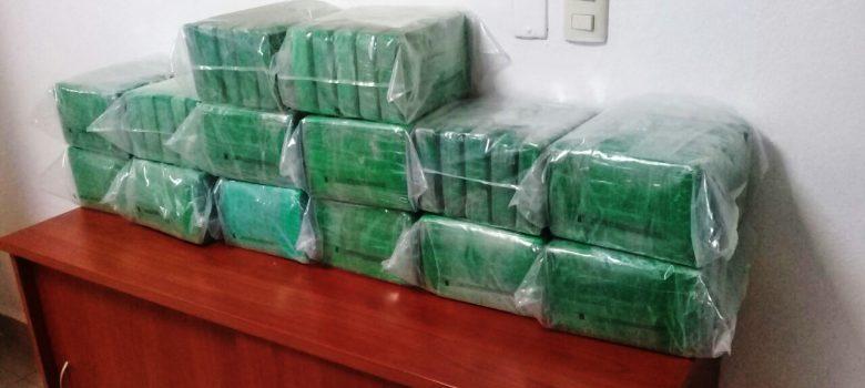 DNCD decomisa 70 paquetes cocaína costas Miches