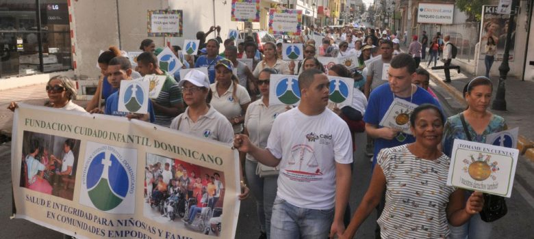 Marchan por discapacidad en Santiago