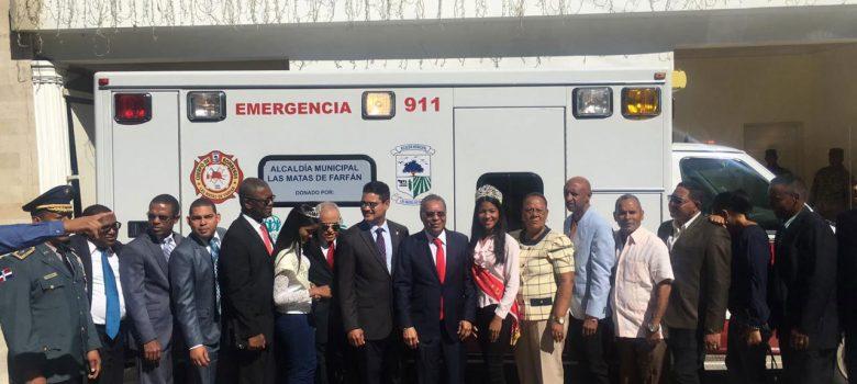 Adventistas donan ambulancia municipio Las Matas de Farfán