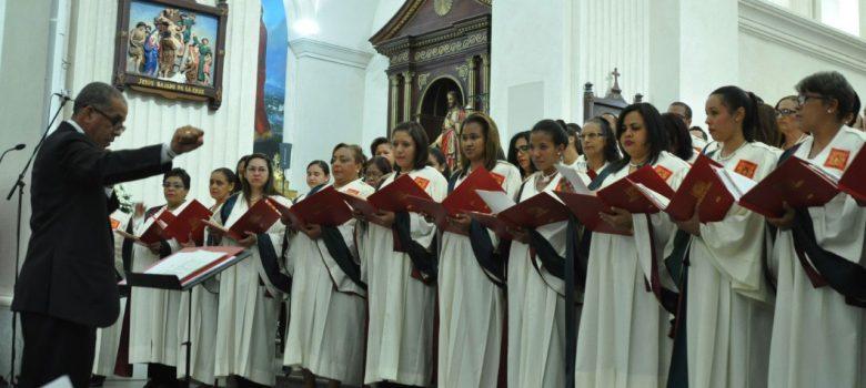 Presentarán coro de la catedral de Santiago en Concierto de Navidad