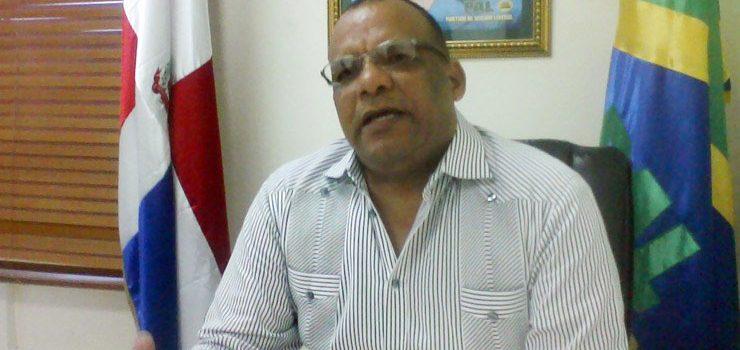 Domingo Ureña llama a enfrentar violencia juvenil con empleos y educación