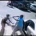 Aún no se entrega chofer agredió a batazos haitiano