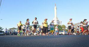 Casi 7 mil personas participan en Santiago Corre
