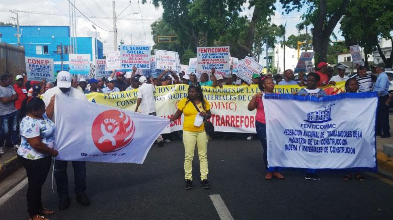 Obrero marchan en Santiago