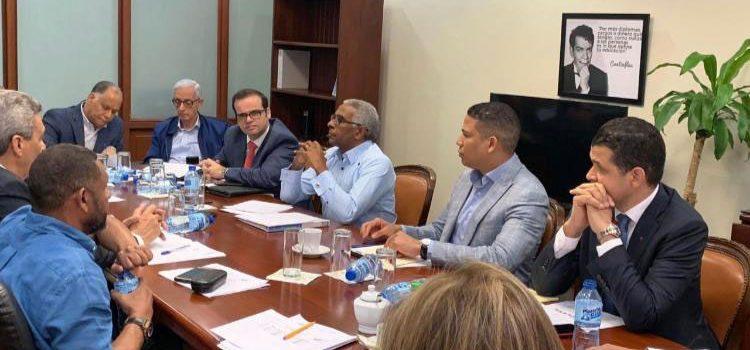 Avanzan negociaciones en Comité Nacional de Salarios