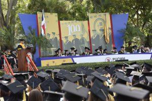 graduacion 100 pucmm