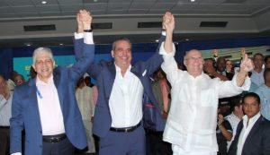 Abinader y Estrella proclamados a presidente, y senador de Santiago