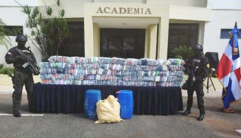 297 paquetes de cocaína