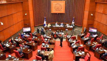 Senadores aprueban urgente y convierten en Ley Presupuesto General del Estado