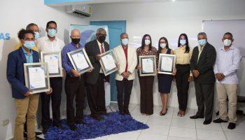 SNTP Santiago reconoce a seis periodistas