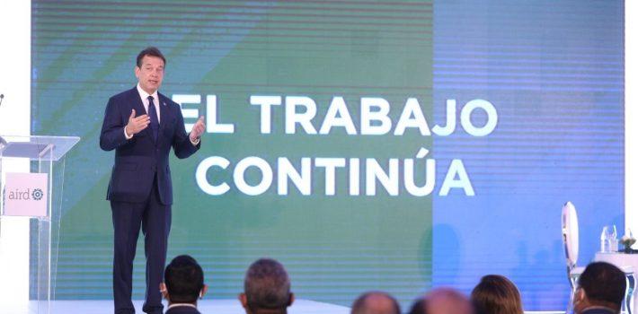 Ministro Bisonó dice RD deja de recaudar tres mil millones de pesos al año  debido al comercio ilícito