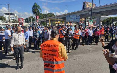 Realizan simulacro de terremoto en Santiago